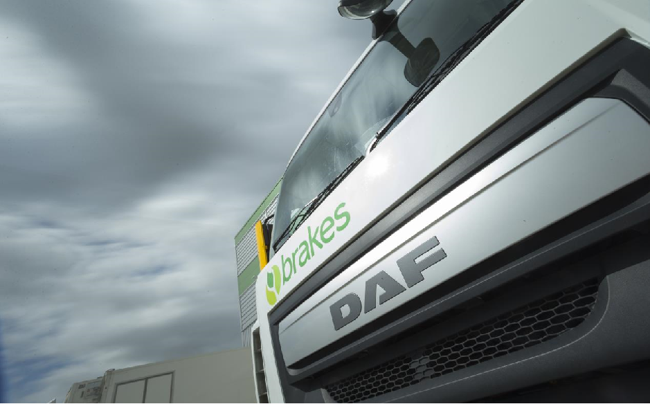 DAF LF Cleans up brakes new