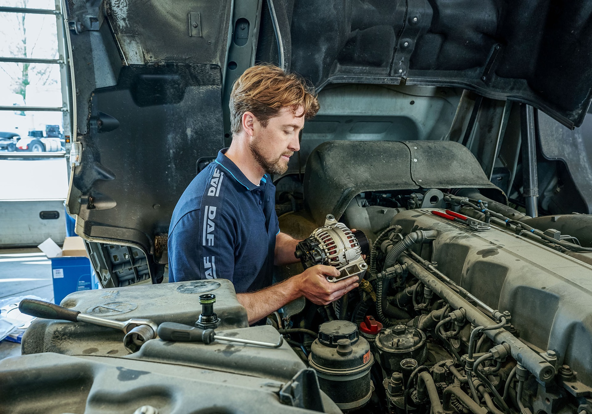 Become a DAF Technician