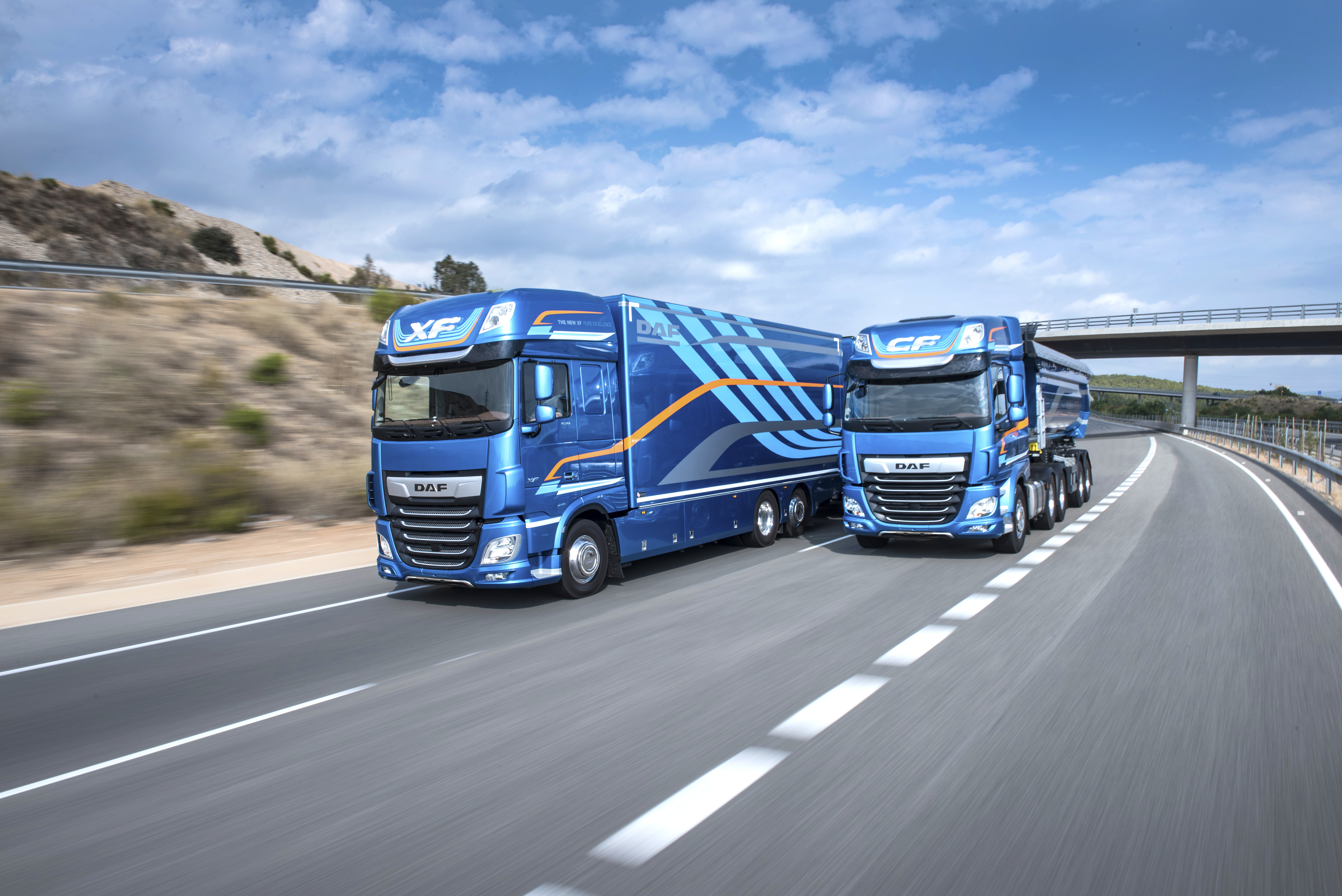 New CF and New XF wins Transport News 'Top Truck Award'