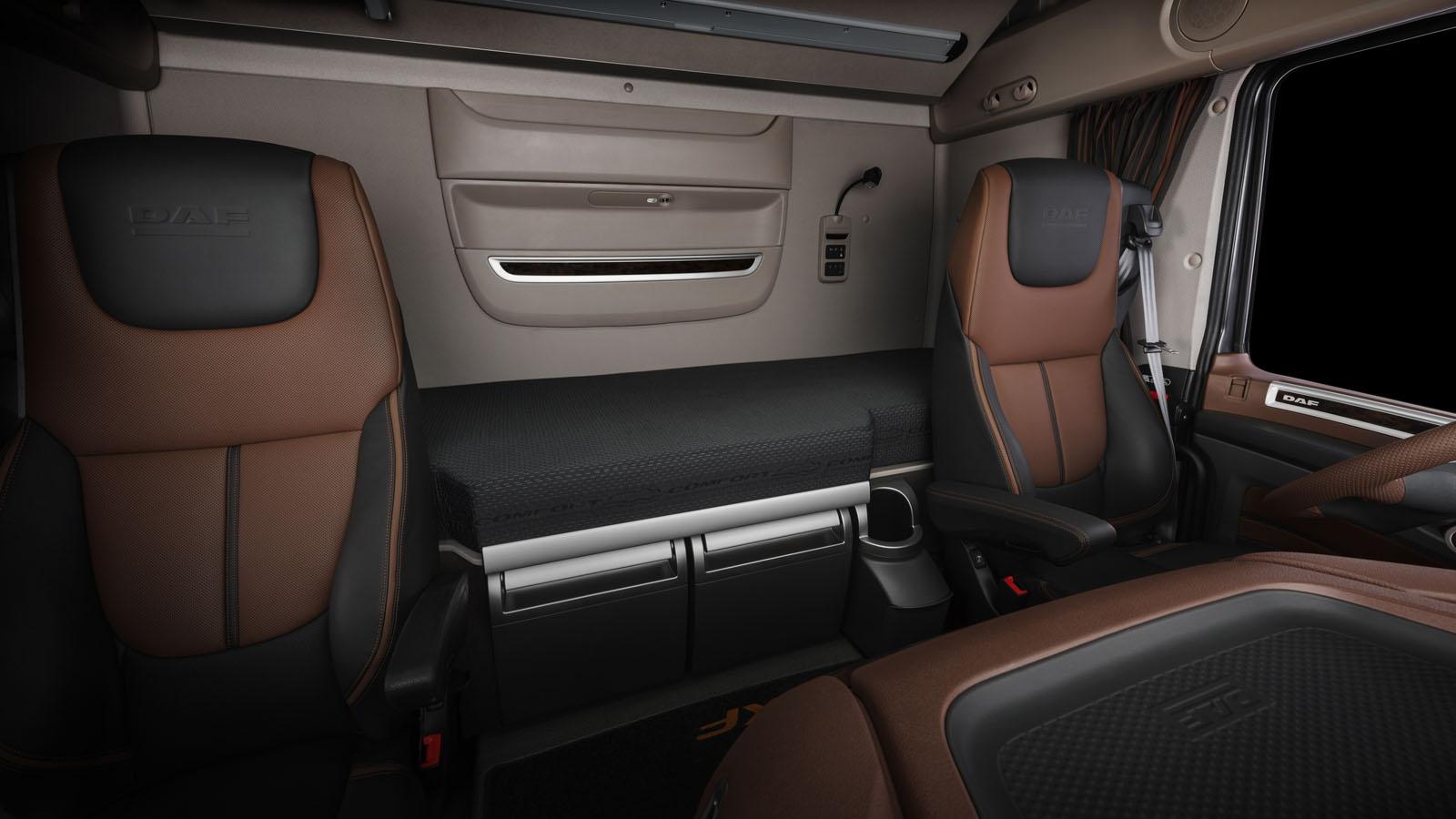 daf xf interior daf trucks ltd united kingdom. Black Bedroom Furniture Sets. Home Design Ideas