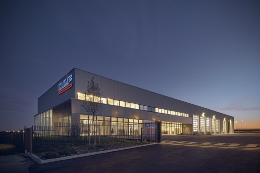 DAF Trucks opens second Paris dealership - Louvres